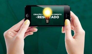 Contratando uma agência de marketing digital pelo celular
